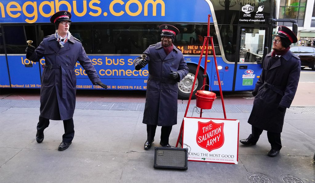 salvation-army-workers